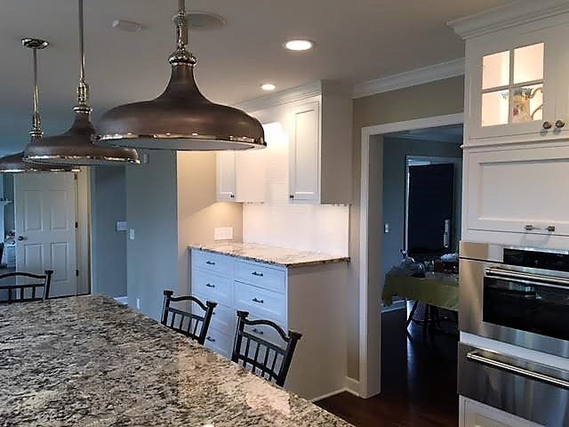 Custom Kitchen - This kitchen remodel turned out great.